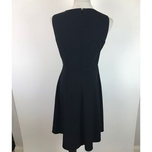 Calvin Klein Dresses - Calvin Klein Black Sleeveless Keyhole Dress